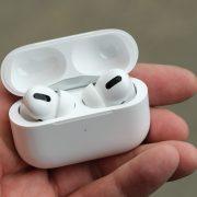 Apple ear pods